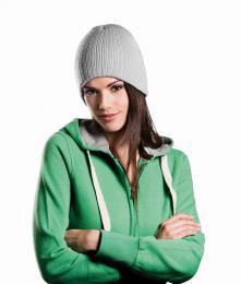 Pletená žebrovaná čepice
